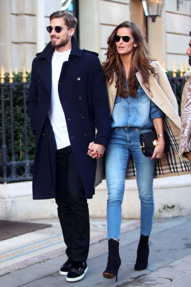 March 3rd, 2016 - Paris, FRANCE - Izabel Goulart and Kevin Trapp strolling together in Paris Pictured: Izabel Goulart and Kevin TrappRef: SPL1240427 030316 Picture by: Splash NewsSplash News and PicturesLos