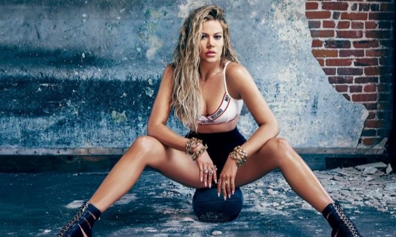 Khloe-Kardashian-Sexy-Complex-Cover-Shoot06-800x480