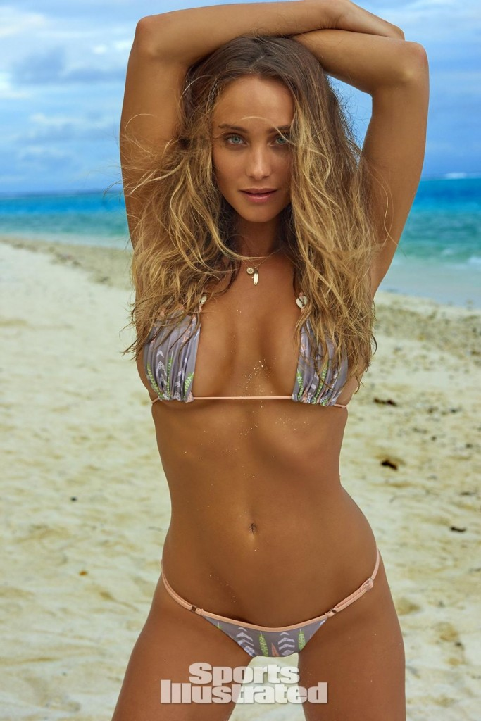 hannah-davis-in-sports-illustrated-swimsuit-issue-2016_1