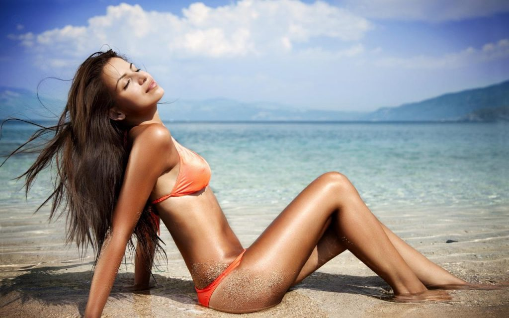 hot-summer-beauty-beauty-143516836