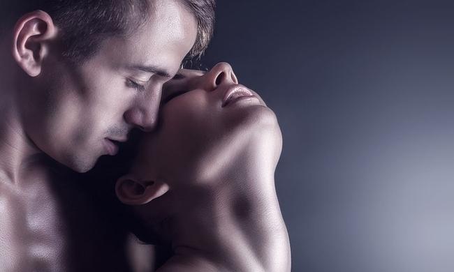 bigstock-Sexy-Love-Couple-78419285